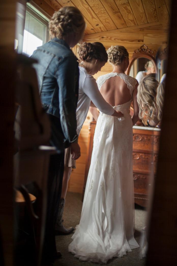 jena_adam_peterson_wedding_kim_newmoney_14