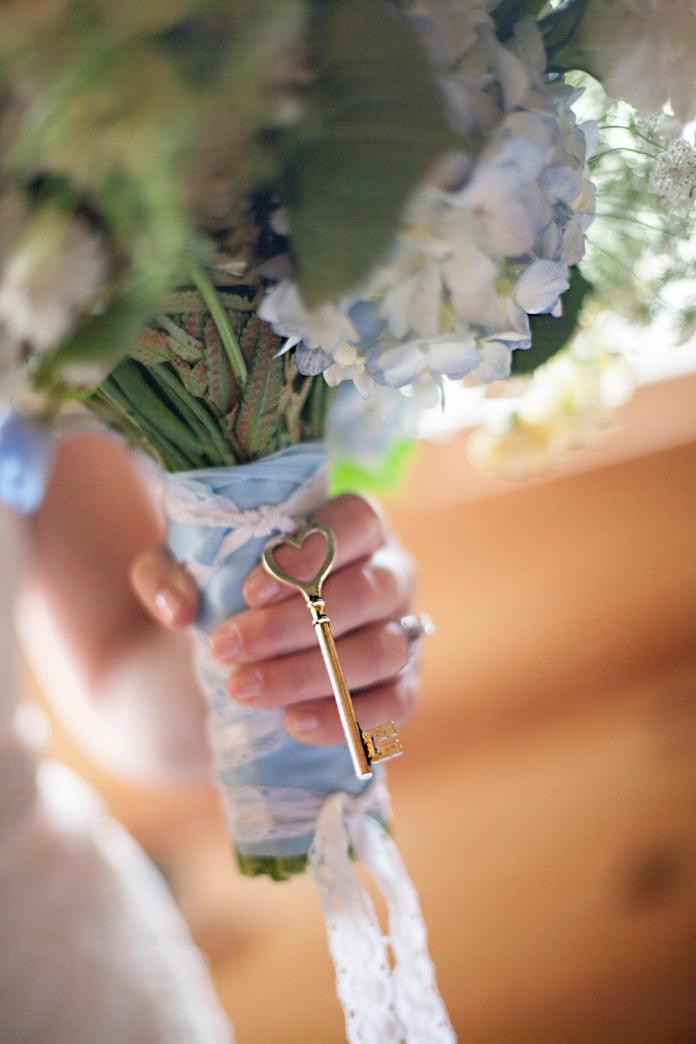 jena_adam_peterson_wedding_kim_newmoney_23